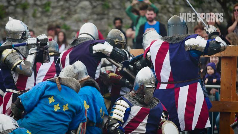 【ヘヴィファイト】鎧兜の戦士が殴り合う!剣と盾がぶつかるスポーツ