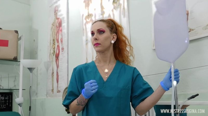 【医療フェチ】美人女医が手術の準備をする!手袋とマスクを着用し…